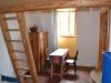 Malý apartmán - pokoj s palandou a kuchyní (tři lůžka)
