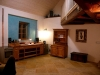 Velký apartmán-společenská místnost s krbem a kuchyní